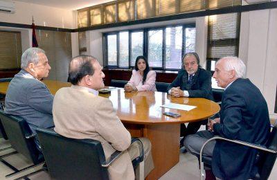 21-06-digitales-lopez-arias-reunion-autoridades-ucasal1